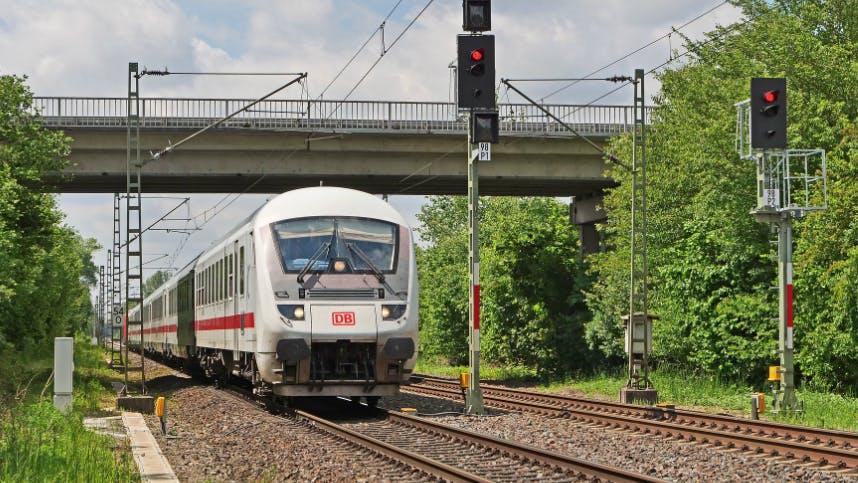 Deutsche Bahn Zug unterwegs