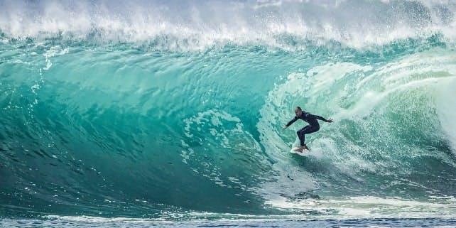 Surfspots in Europa laden zum Wellenreiten ein