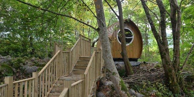 Glamping: Hütte im Wald fürs campen
