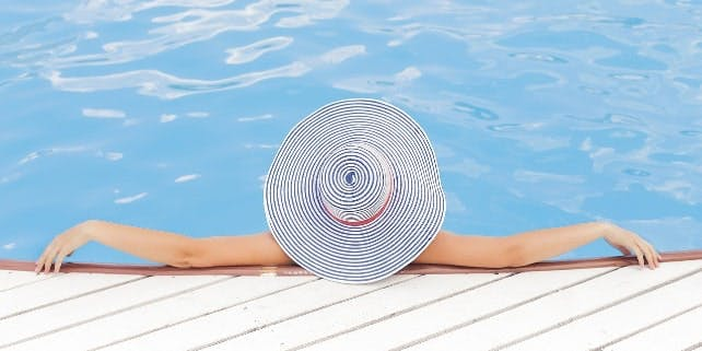Tiefenentspannt am Pool