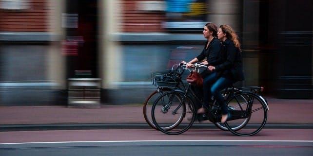 Mit Dienstrad durch die Stadt flitzen