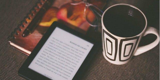 eReader mit Tee