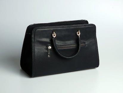 Schwarze Handtasche aus Leder