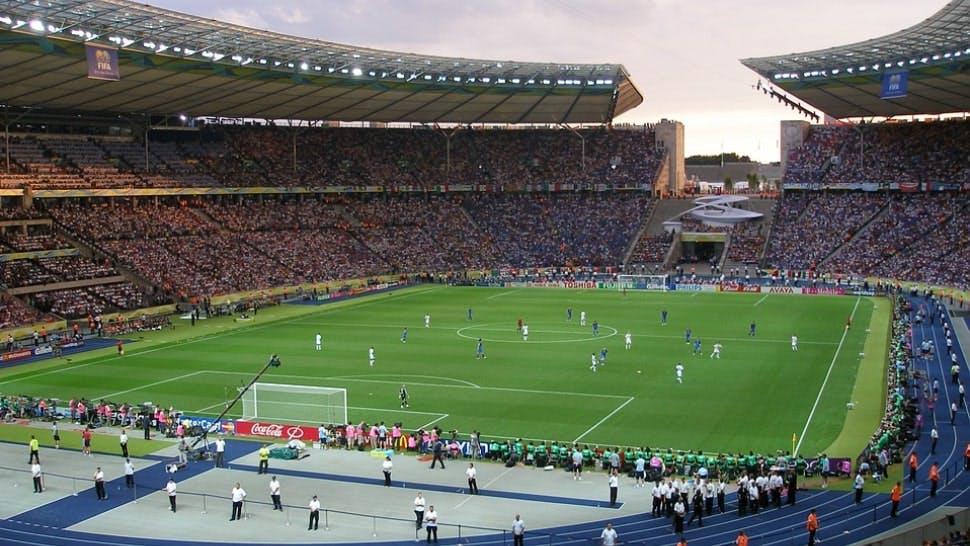 Fußballspiel im Berliner Olympiastadion