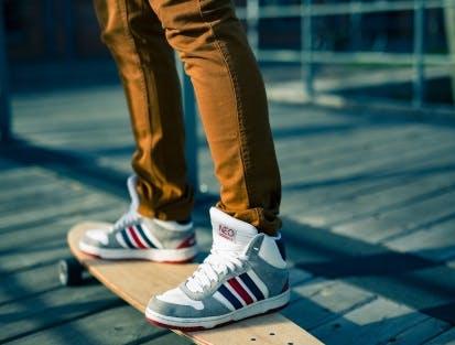 Bekleidung und Schuhe für Männer bei SportScheck