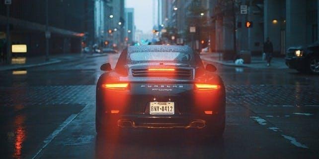 Porsche in der Stadt